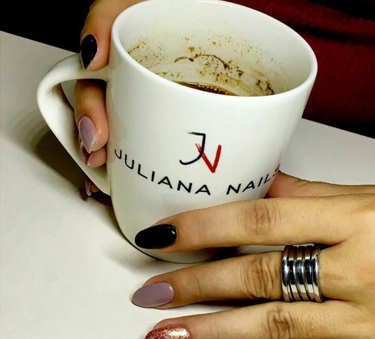 Maja Jelača i Juliana Nails