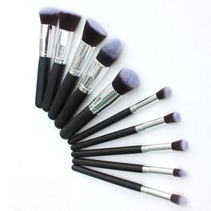 Pravilna upotreba četkica za šminkanje – Saveti profesionalnih šminkera