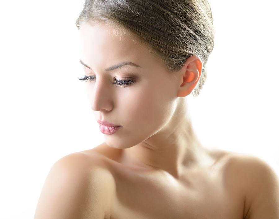 Najbolja šminka za letnje vreline – blistajte!
