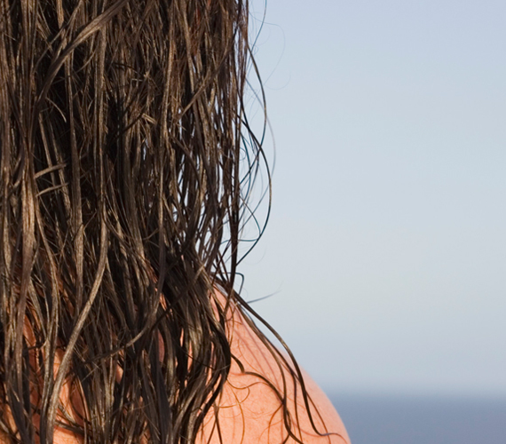 Kako osvežiti kosu nakon letovanja